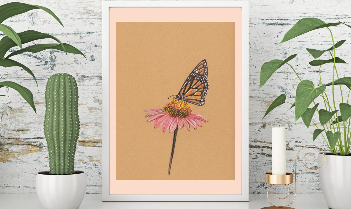 Solhat med sommerfugl